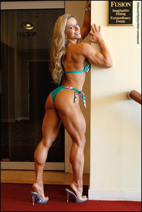 Juliana Malacarne IFBB Pro Figure Competitor Female Muscle
