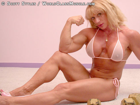 Kathy Connors Female Muscle Bodybuilding Biceps Hot Legs