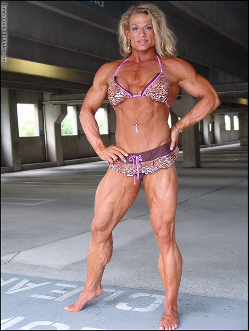 Tina Chandler Female Muscle Bodybuilder FTVideo