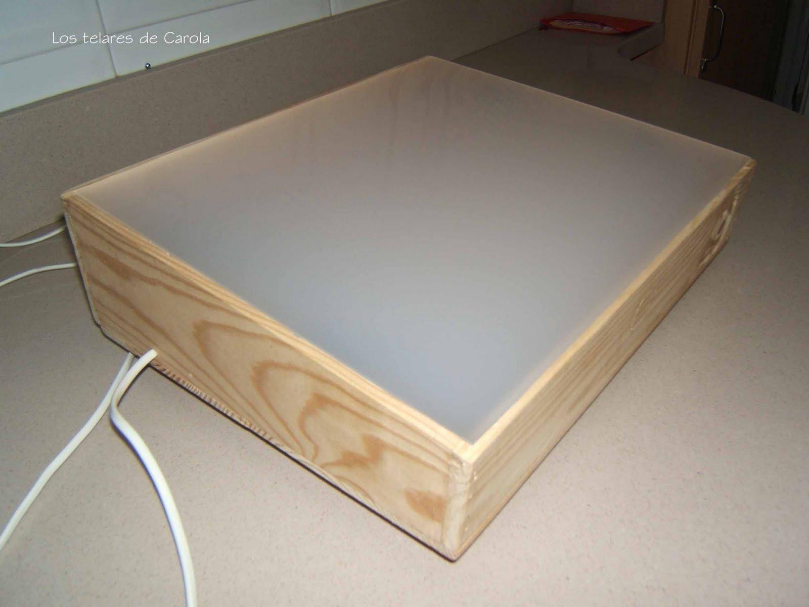 Los telares de carola mesa de luz - Mesa de calcar ikea ...