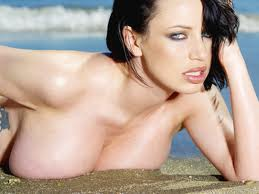 Sophie Howard Photo Gallery