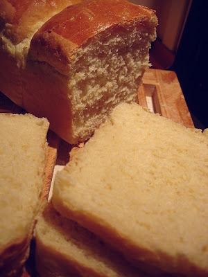 Un dimanche a la campagne a la recherche du pain de mie parfait part iii - Pain de mie machine a pain ...