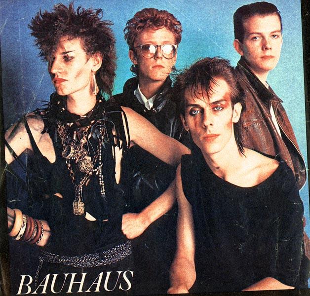 Plunder the tombs bauhaus in the flat field 4ad 1980 - Bauhaus banos ...
