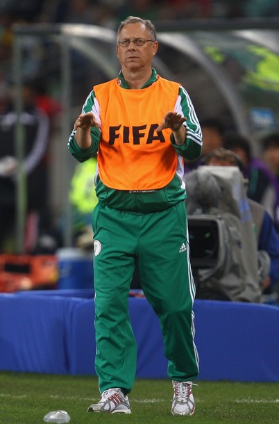 EAGLES COACH LARS LAGERBACK, FIRE HIM NOW FOR LACK OF PERFORMANCE!