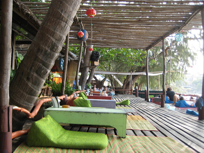 Feng Shui places to eat on the beach
