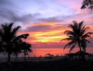 Sunset, Karon beach, 4th April 2007