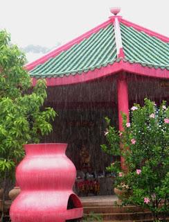 Raining - 16th August 2007