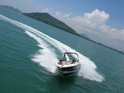 SkyWater speedboat in action, photo by Helicam Asia