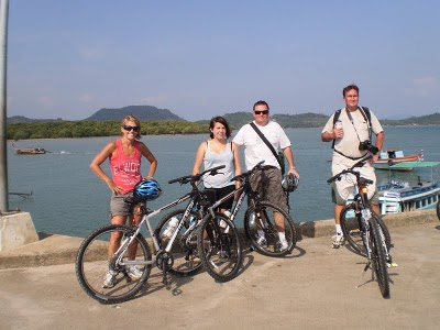 Nic, Hope, Graham, Jamie - after the bike tour - photo by Lek