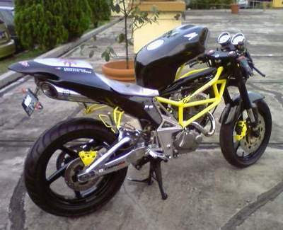 Modifikasi Motor Honda Tiger Extreme Racing