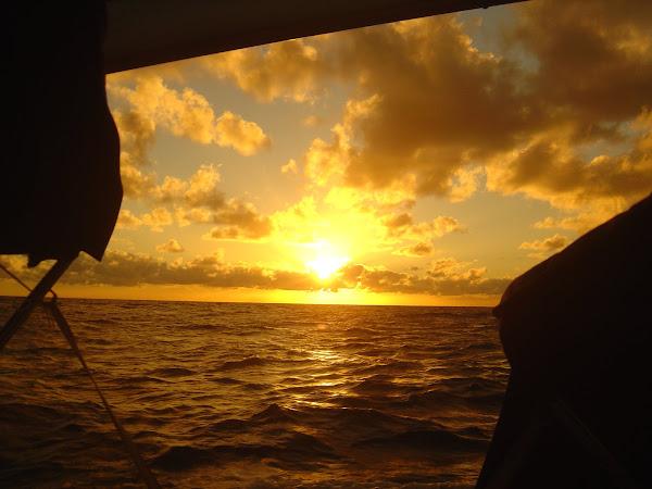 Mais um pôr do sol no mar