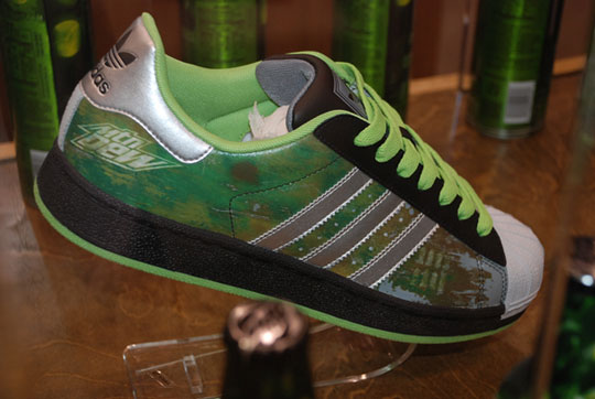 "Superstar Limited ""Mountain Dew Edition"""