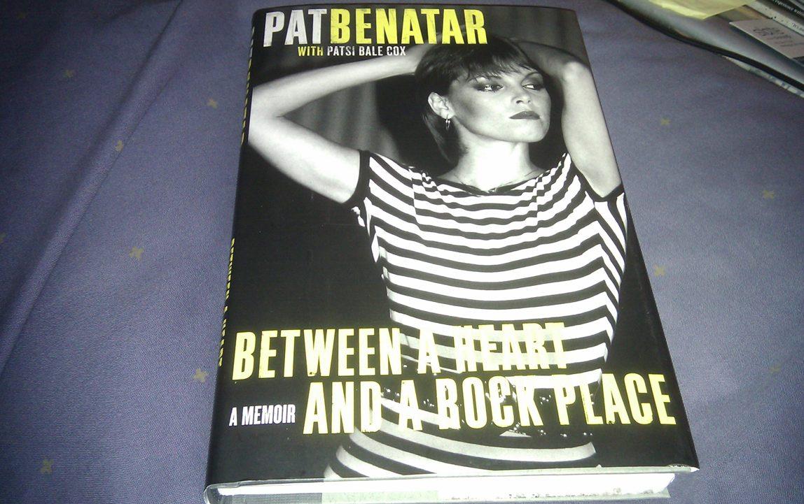Weimar World Service Pat Benatar Between A Heart And A border=