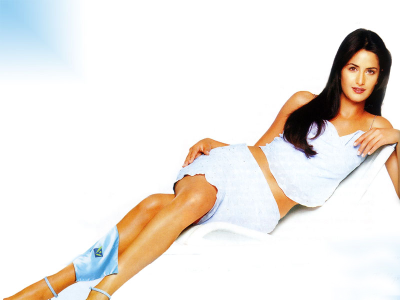 Katrina kaif with out uniform sexi pic 1