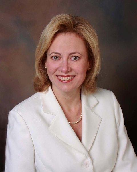 Angela Smith Net Worth