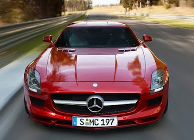 Supercar Mercedes SLS AMG