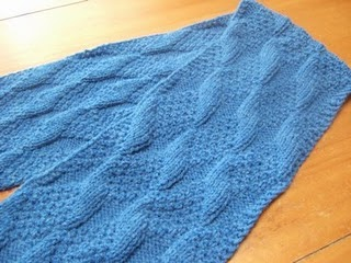 Scarf Knitting Patterns: Asherton Reversible Scarf