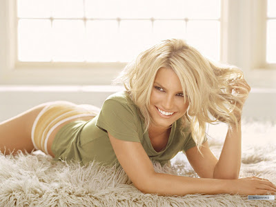 Jessica Simpson Long Hairstyles Gallery. Posted by Style at 5:00 AM