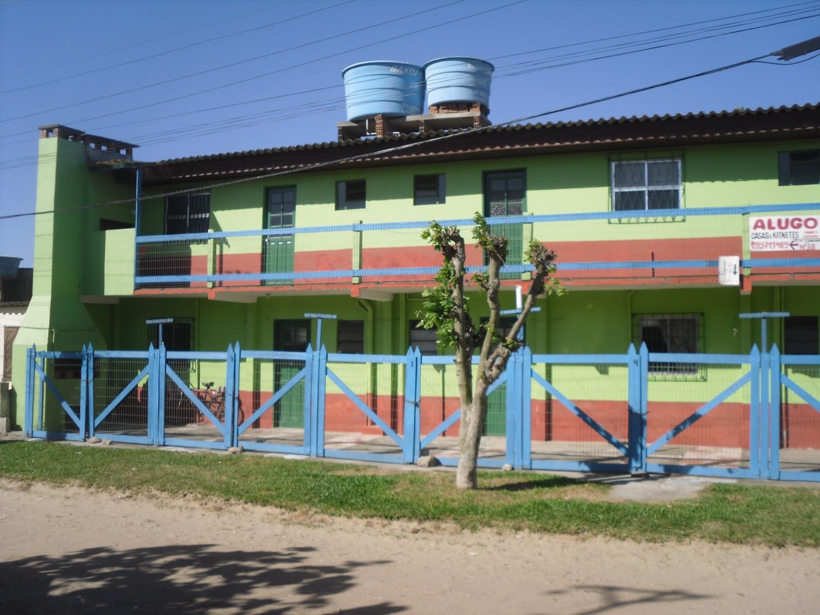 ALUGA CASSINO: Aluga temporada #2E6E9D 1600x1200 Banheiro Acessivel Completo