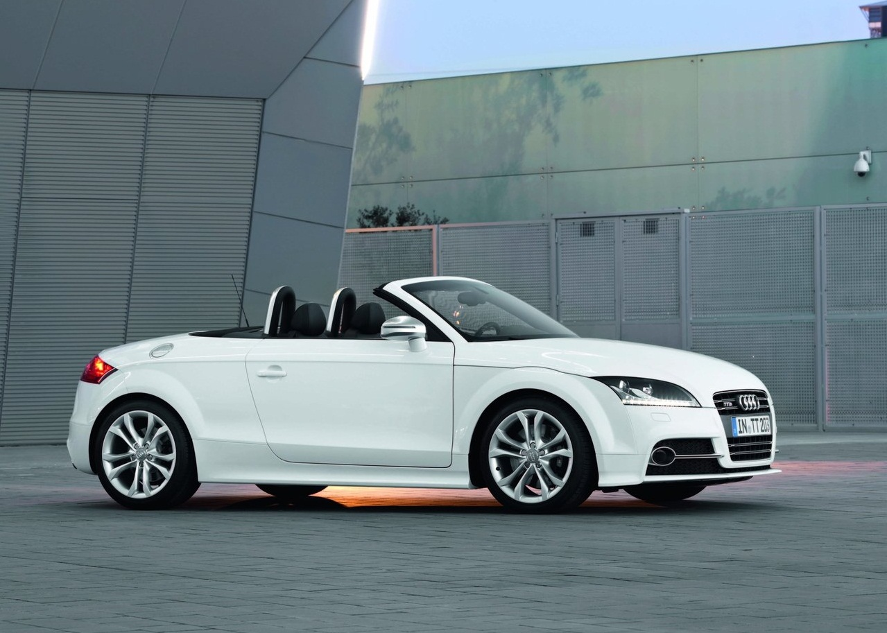 road star car audi tts roadster 2011 specs review pictures. Black Bedroom Furniture Sets. Home Design Ideas
