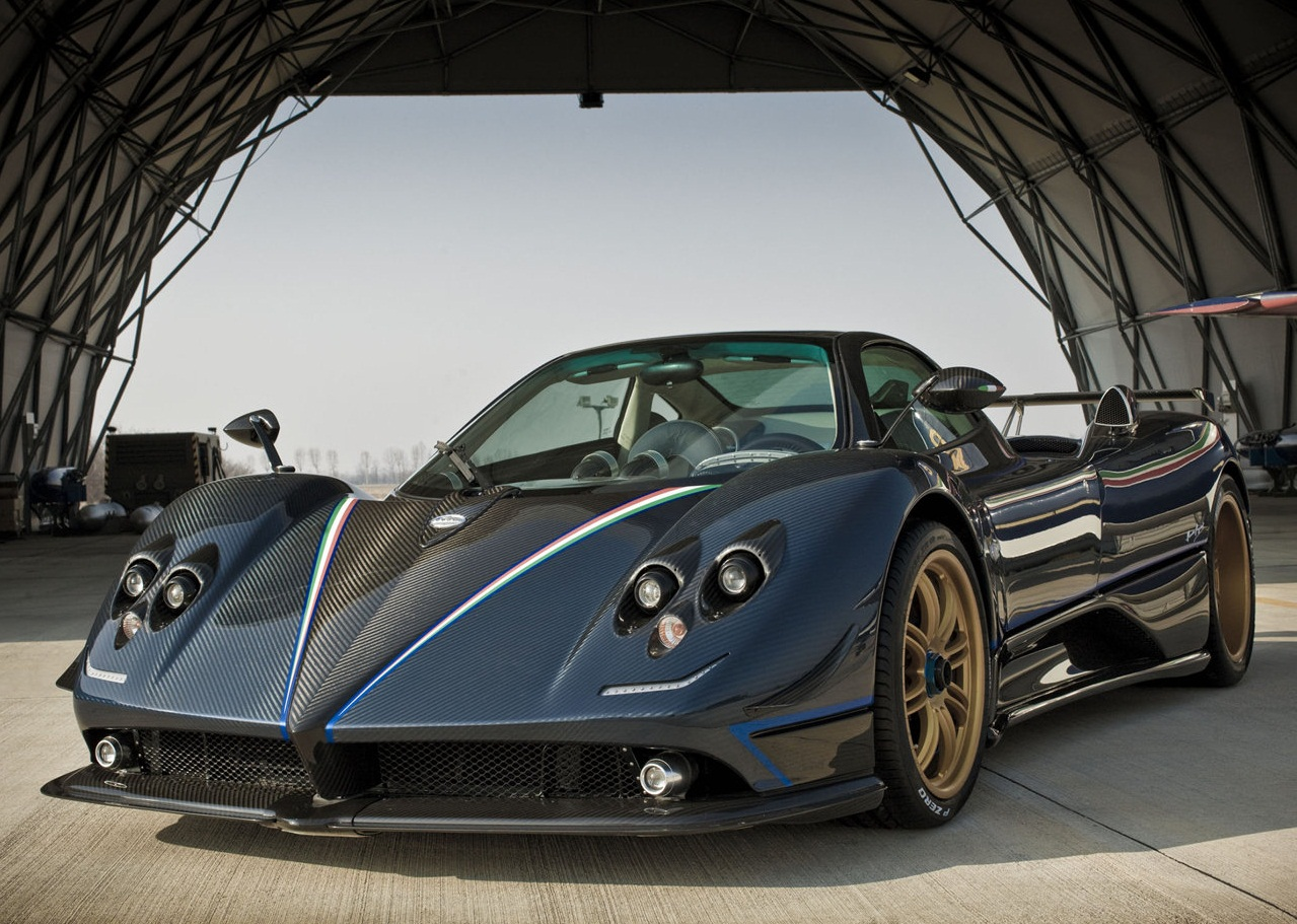 2011 pagani zonda tricolor - photo #9
