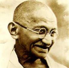 Mohandas Karamchand Gandhi: inspirou movimentos de direitos civis e da liberdade em todo o mundo.