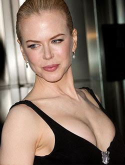 Nicole Kidman stunned by Keith`s nude Playgirl photo