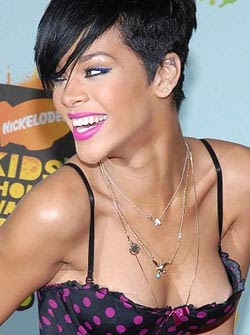 Rihanna asked to dress conservatively for New Year bash