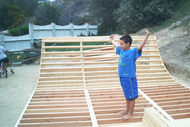 how to make a skateboard ramp without wood