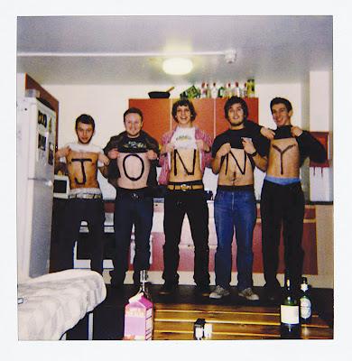 JonnyCover Jonny - Jonny [7.0]