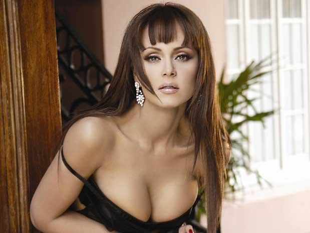 en 1992 participó en miss venezuela representando a su estado natal ...