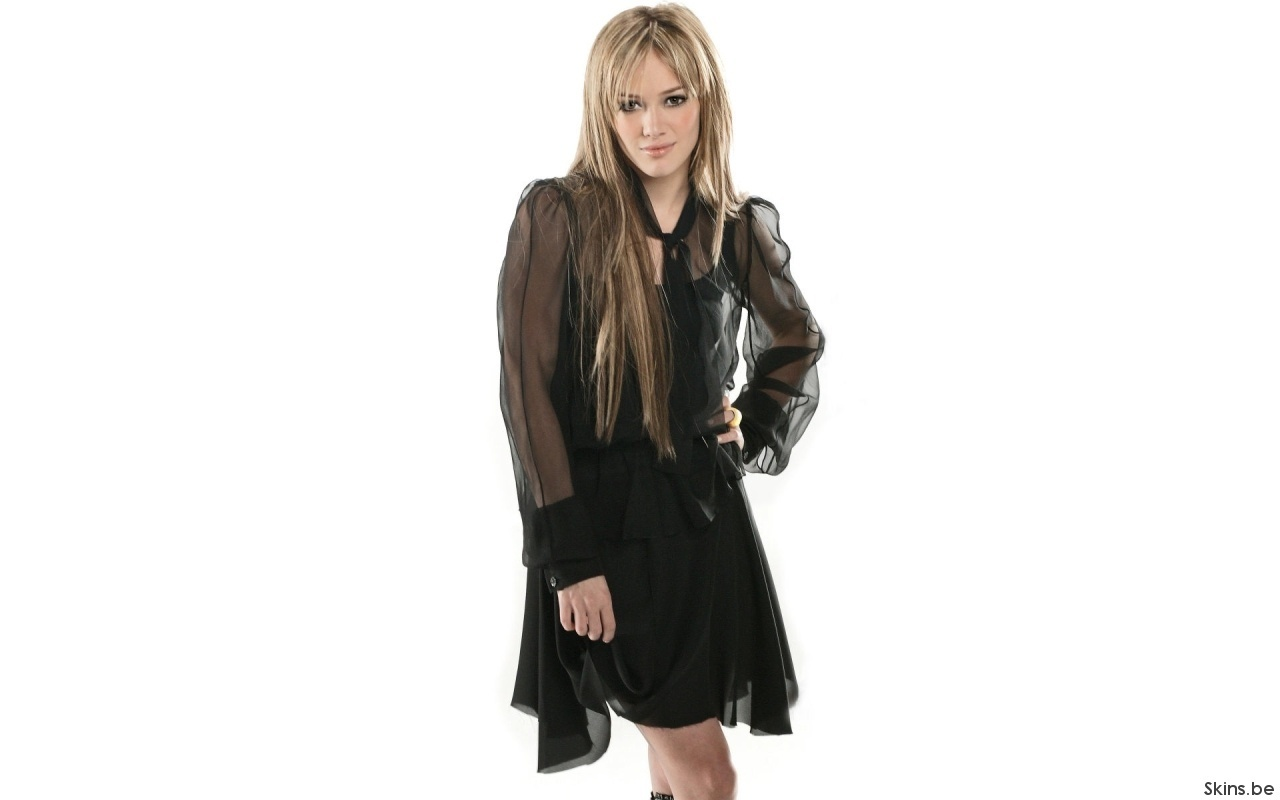 http://2.bp.blogspot.com/_BpAoKRSdVjQ/TOPxRVKnzoI/AAAAAAAAC4k/CSfXCwcA5jw/s1600/Hilary-Duff-famous-actress.jpg