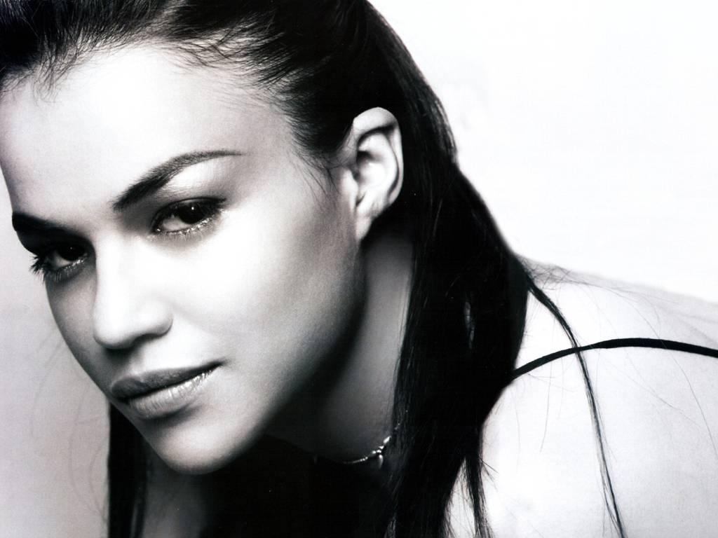 http://2.bp.blogspot.com/_BpAoKRSdVjQ/TP7nTFHh_gI/AAAAAAAADaE/ZIsRNZH7skQ/s1600/Michelle-Rodriguez-hollywood-actress.JPG