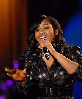 Jazmin Sullivan Curvy Woman at the Grammy's