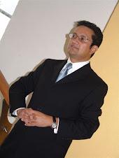 Juan Bernardo Dolores González