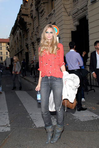 julia stegner style