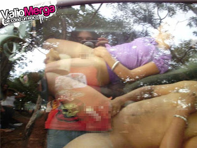 hombres desnudos infragantis