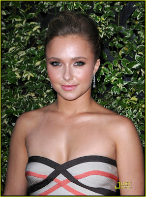 hayden panettiere breast