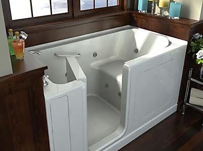 Quel style de baignoire dois je choisir pour ma salle de for Baignoire a porte