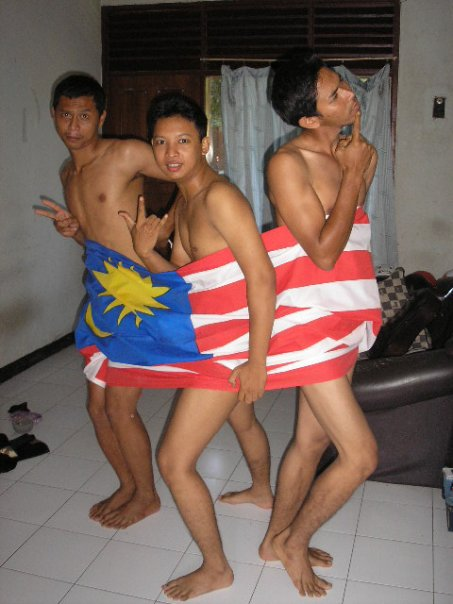 JALANG GAY = JALUR GEMILANG GAY