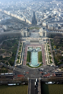 © lawhawk 2007 - The Trocadero from the Eiffel Tower