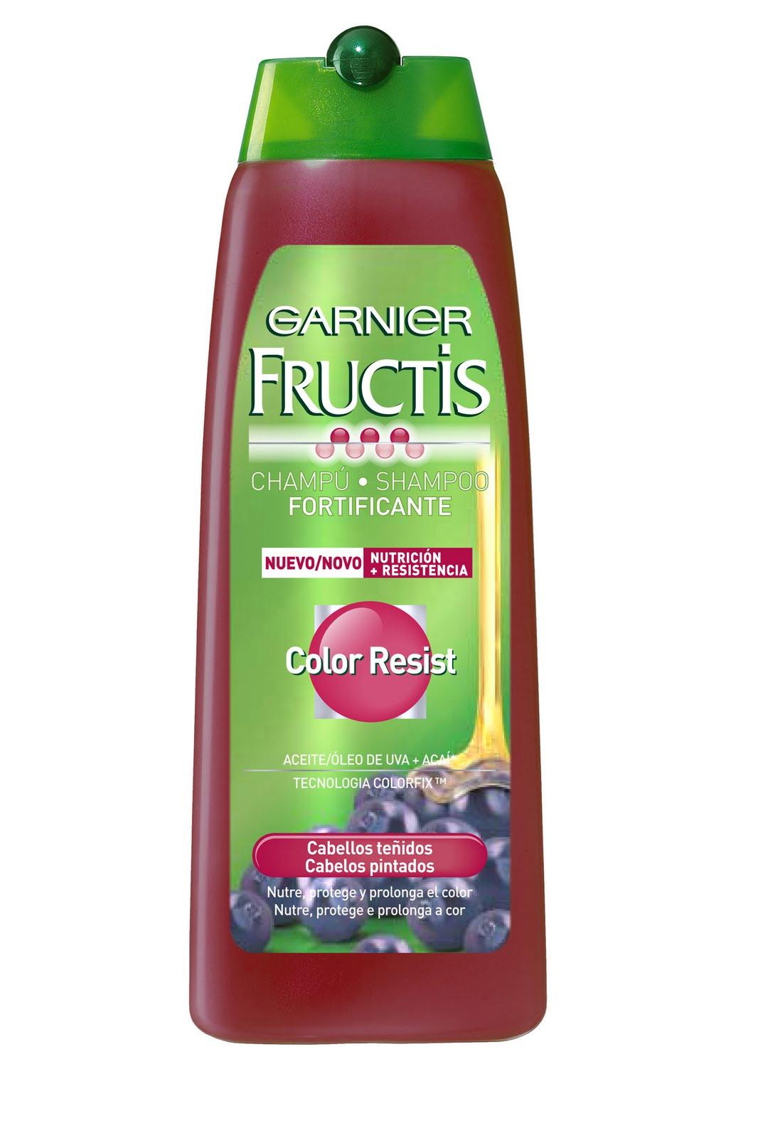 lo primero que me gusta de la lnea es el olor es un olor maravilloso de frutas limpio agradable y es de esos olores que incitan a la gente a decir - Fructis Color Resist