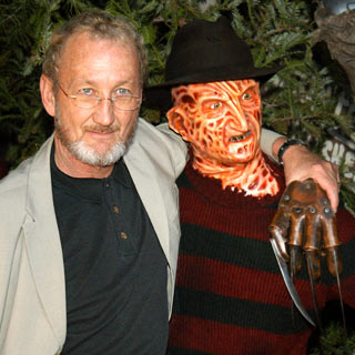 Gift For Mr Robert Englund And His FamilyRobert Englund Freddy Krueger