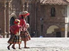 Girls in Cusco
