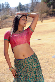 "LATEST ""PRIYAMANI"" HOT N SEXY STILLS"