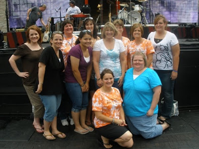 Dbcongress dierks bentley congress fan club blog fan clubbers some had meet greets some didnt but they all looked out for each other thats what the db congress family of fan clubbers does m4hsunfo