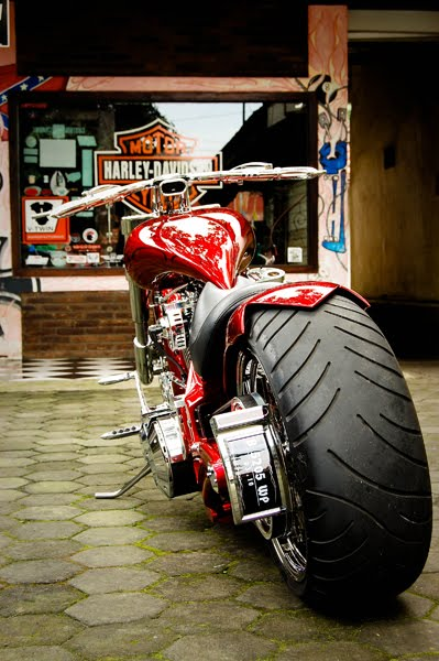 2005 Harley Davidson Pro-Street Customized