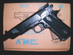 pistola kwc ferro, real pesada