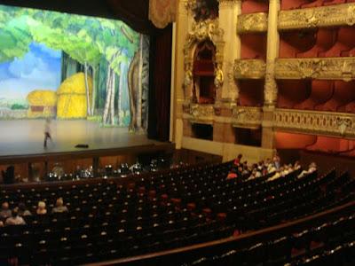 scène opéra de paris