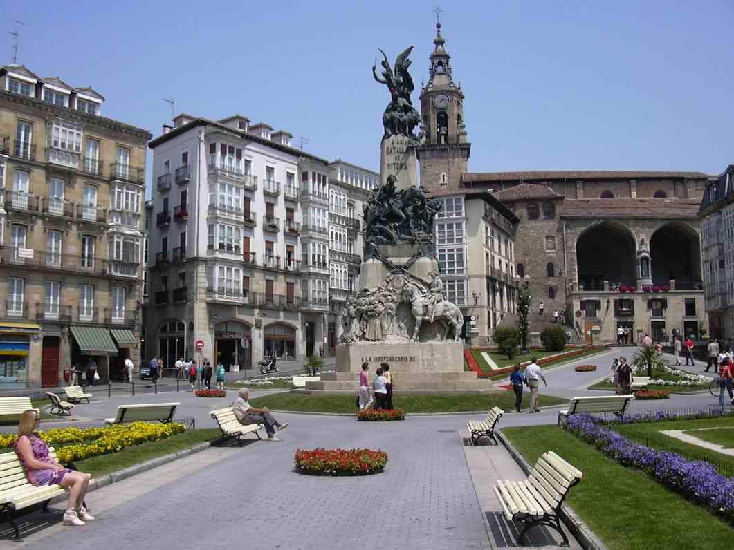Vitoria-Gasteiz Spain  City pictures : PAULAMULE: Conciertos gratis Plaza Virgen Blanca, Vitoria Gasteiz 2010